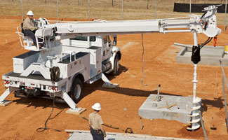 Altec Digger Derricks